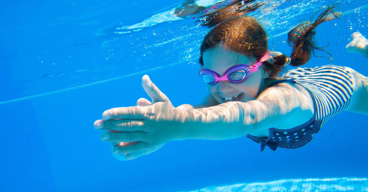 Úszásoktatás gyerekeknek a XI. kerületben Újbudán a Sport 11-ben és a Kondorosi Uszodában